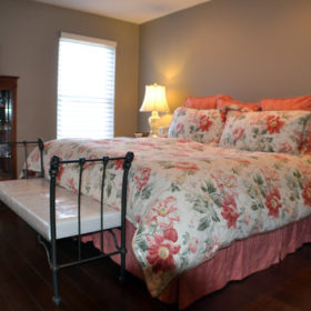 bedroom shades and bedding